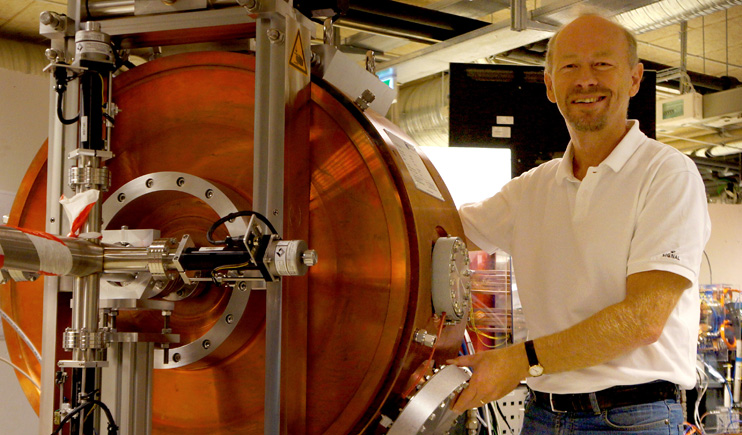 Particle_Accelerator_Astrid2